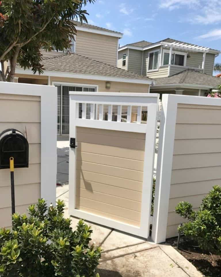 Two tone privacy fence with gate - Legend Fence