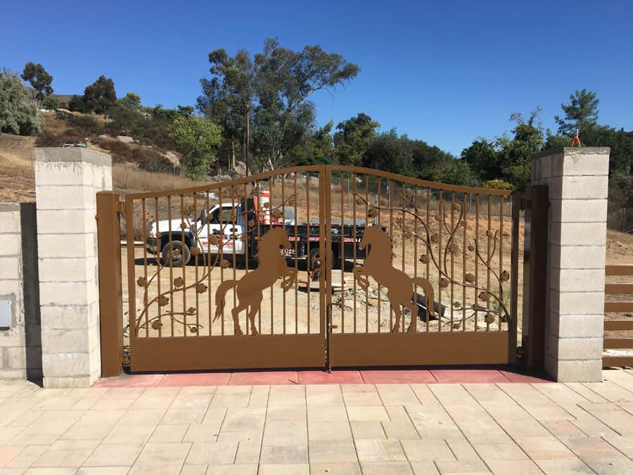 custom driveway horse gate