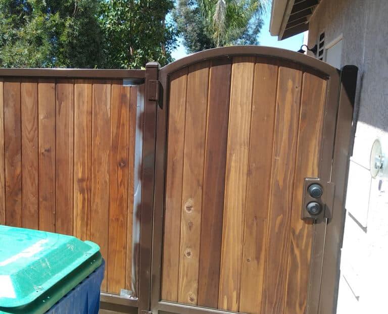 Custom Gate and Panel for Trash