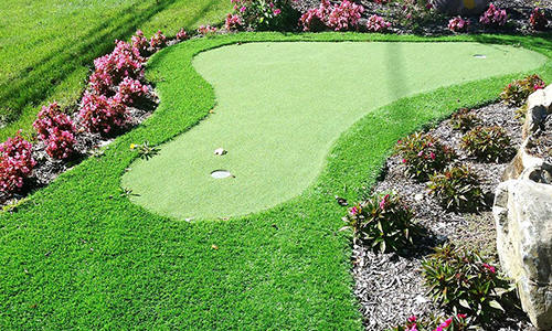 GardenMark Putting Green