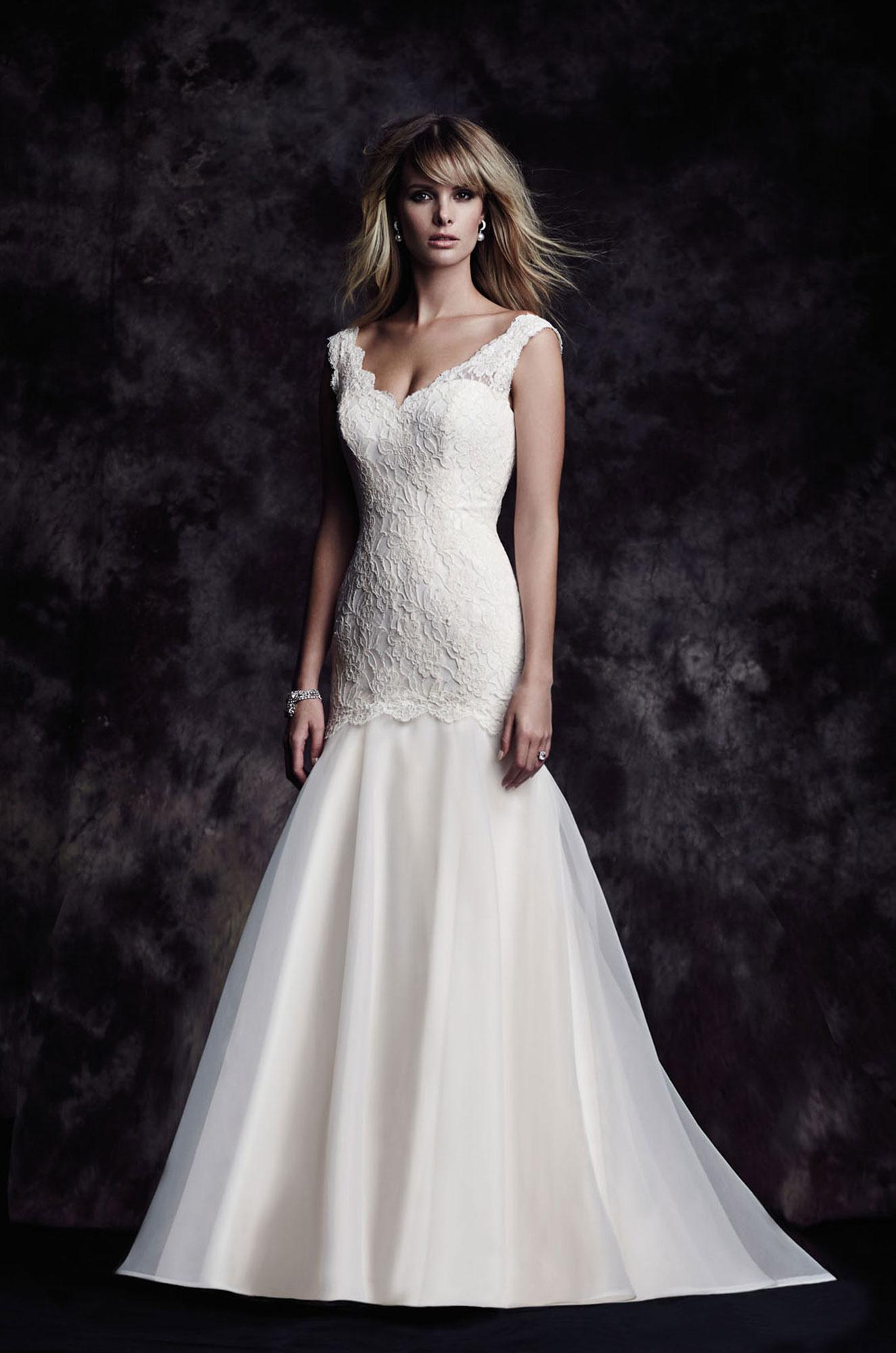 4615 Paloma Blanca Wedding Bridal Gown Chicago