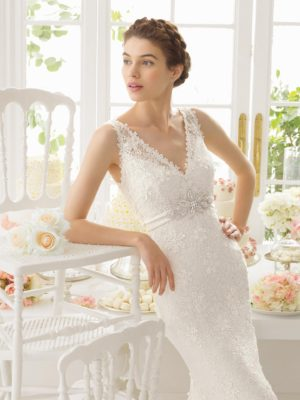 Adaggio Aire Barcelona Wedding Bridal Gown Chicago Detail