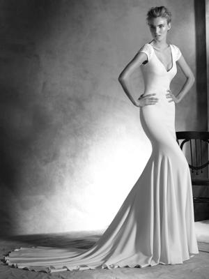 Irune Atelier Pronovias Wedding Gown Chicago