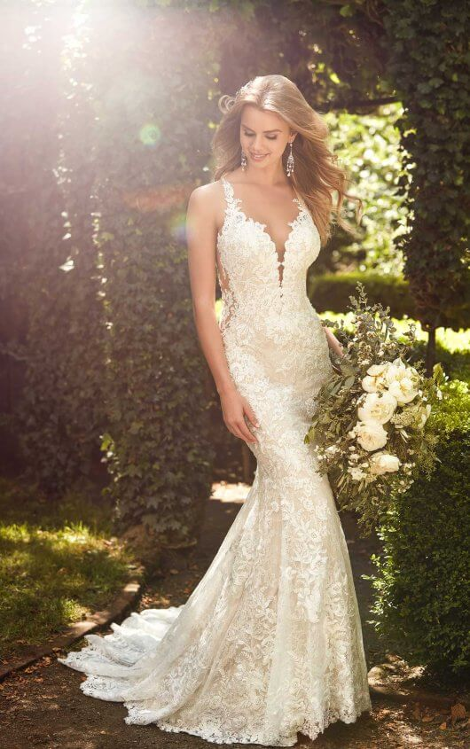 Mira Couture Martina Liana 967 Wedding Gown Bridal Dress Chicago Boutique Front