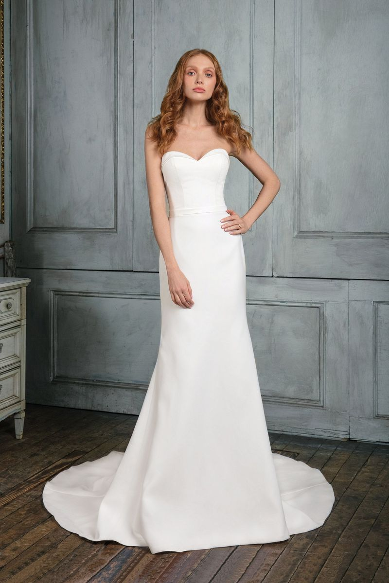 Mira Couture Justin Alexander Wedding Dress Bridal Gown Chicago Boutique Front