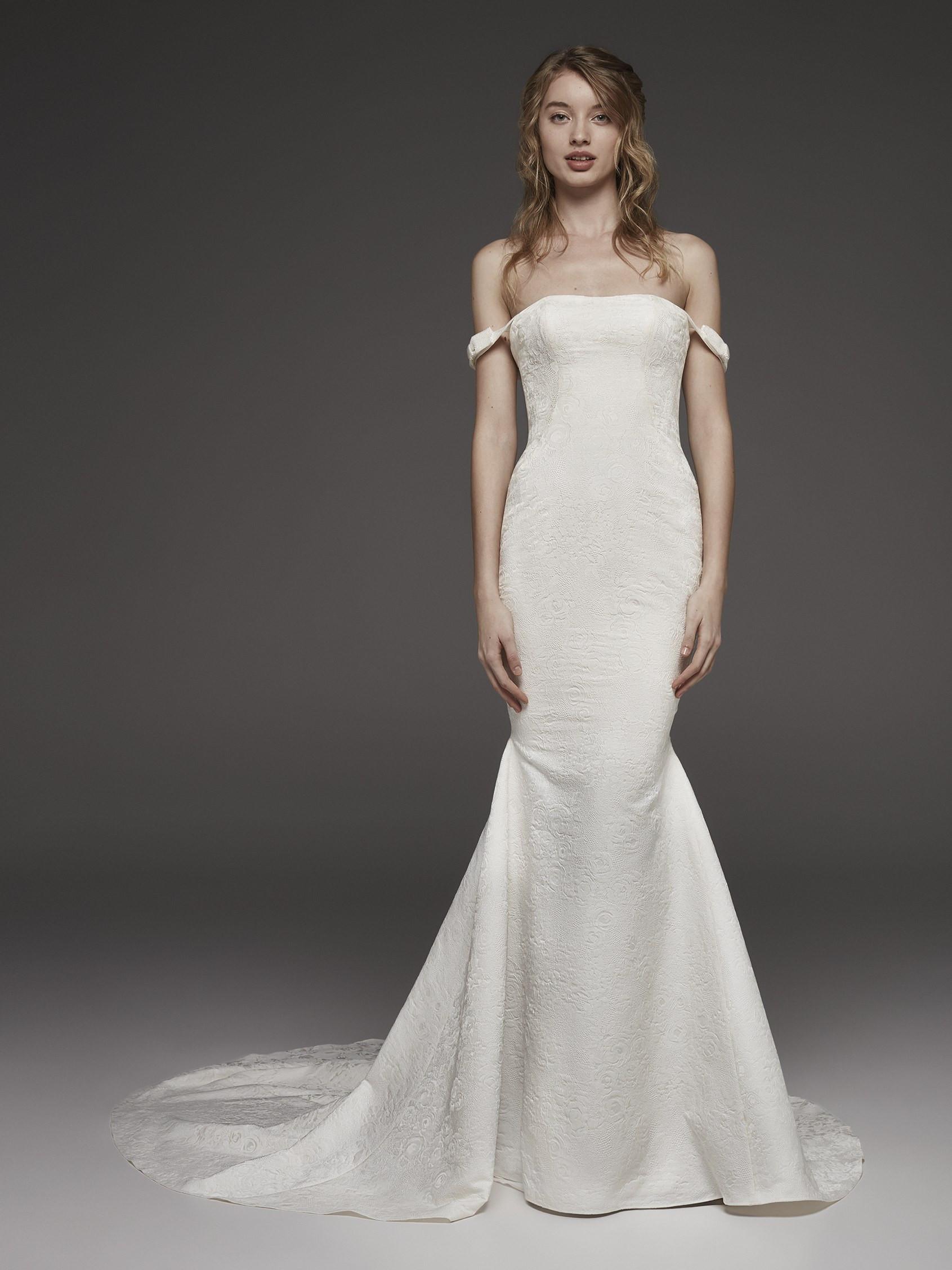Mira Couture Atelier Pronovias Helvetia Wedding Dress Bridal Gown Chicago Boutique Front