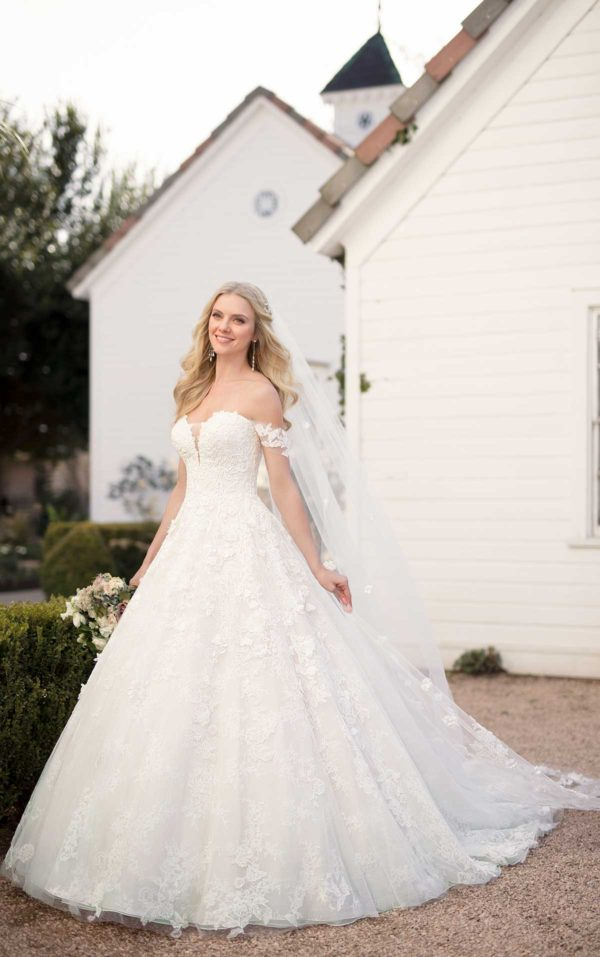 Mira Couture Martina Liana 999 Wedding Dress Bridal Gown Chicago Boutique Custom Design Front