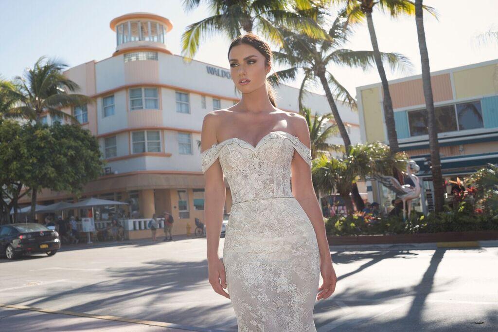 Mira Couture Netta Benshabu Israeli Designer Eve Wedding Dress Bridal Gown Chicago Boutique Detail