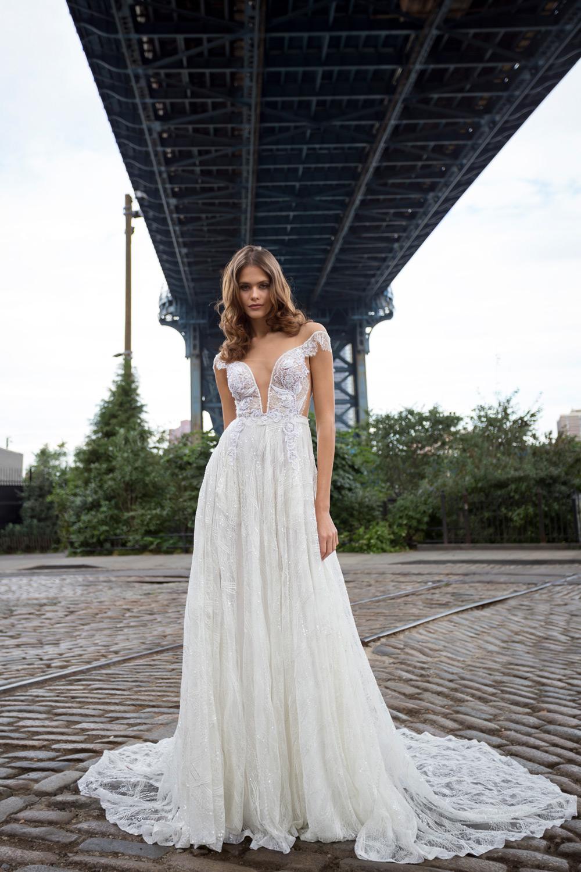 Mira Couture Solo Merav Eugin Wedding Dress Bridal Gown Chicago Boutique Front