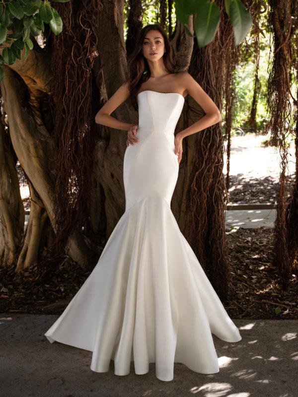 Mira Couture Pronovias Oberon Wedding Dress Bridal Gown Barcelona Designer Chicago Boutique Front