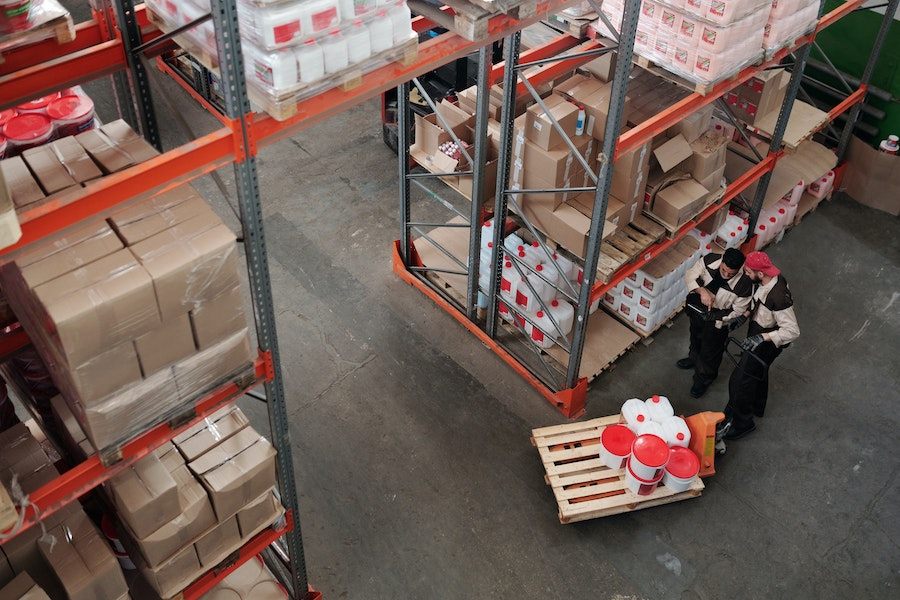 7 Duties of Warehouse Associates