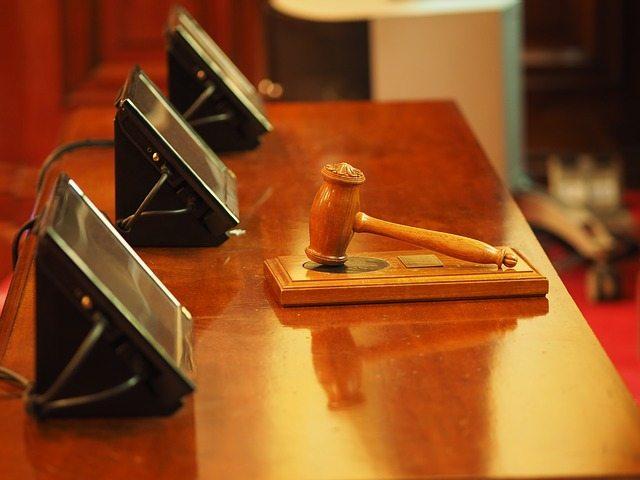 gavel in court