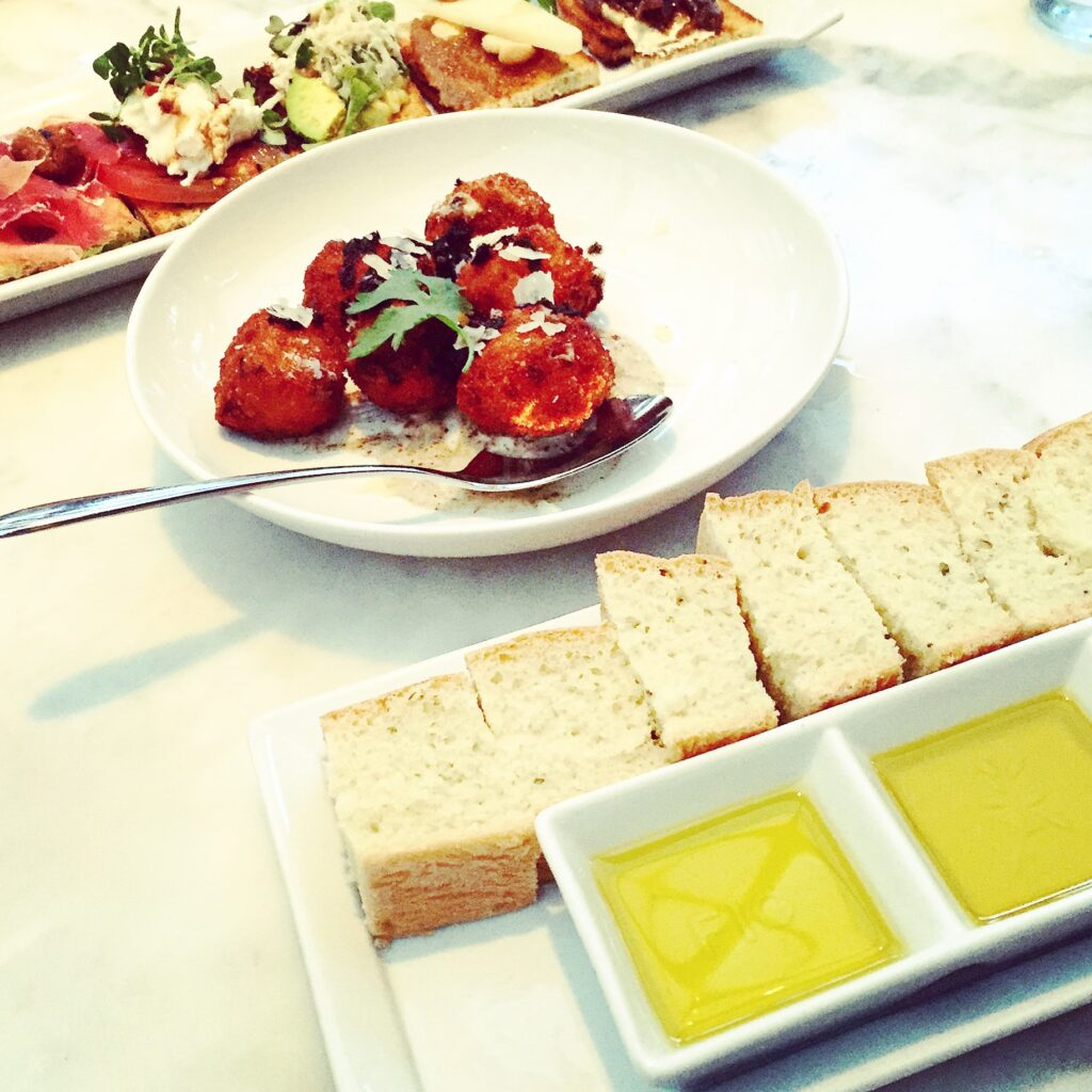 Fig and Olive bread and oil appetizer.