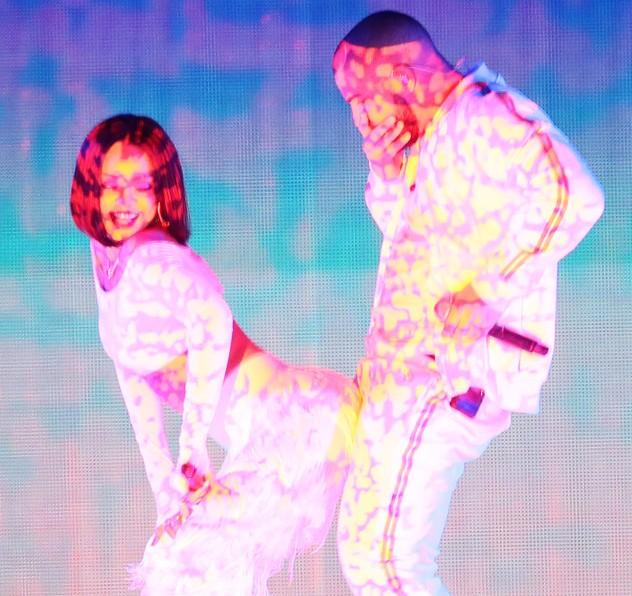 Rihanna and Drake – Consideration & WORK @ BRIT's