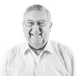 Gordon B. Lang bio picture