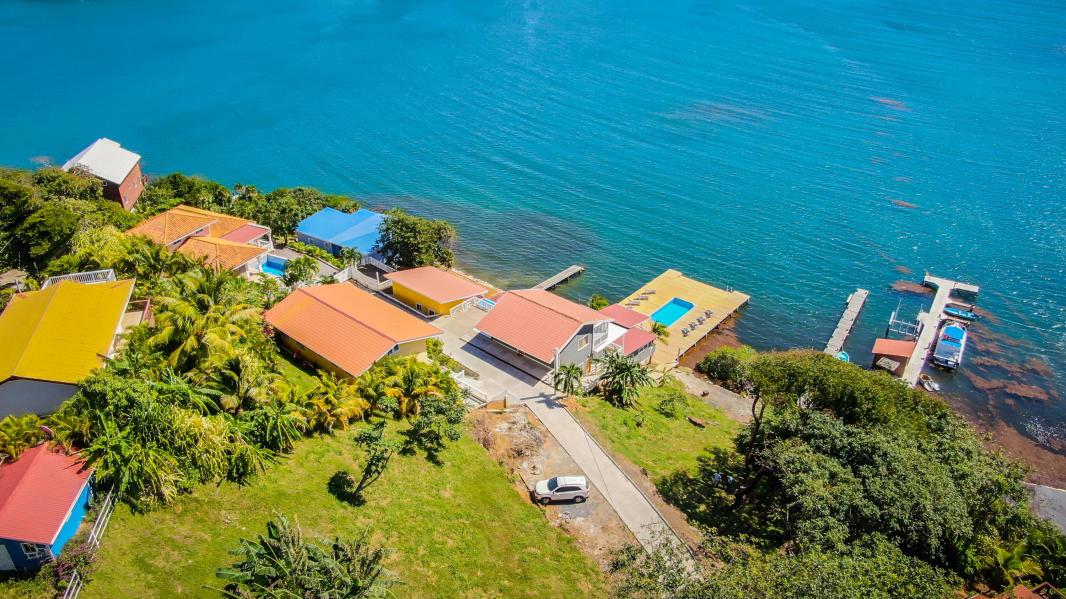 Homes for sale in Roatan Island