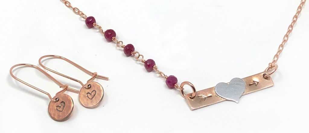 Rose gold necklace with earrings
