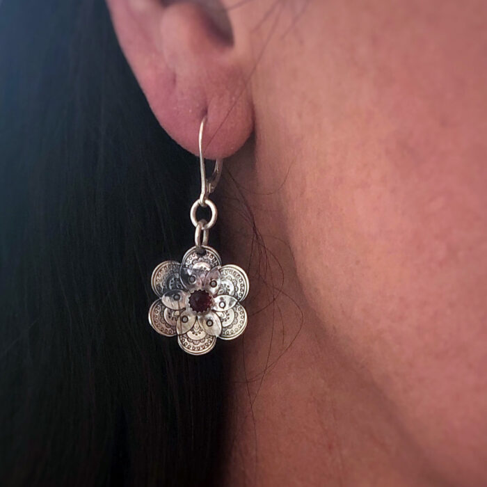 Flower collection, earrings, stamped sterling silver and garnet gemstone