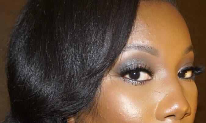 fake lashes