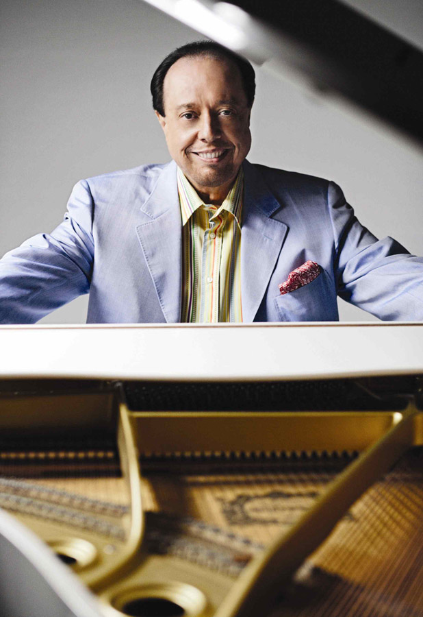 PHOTO 1 - Sergio Mendes - Piano