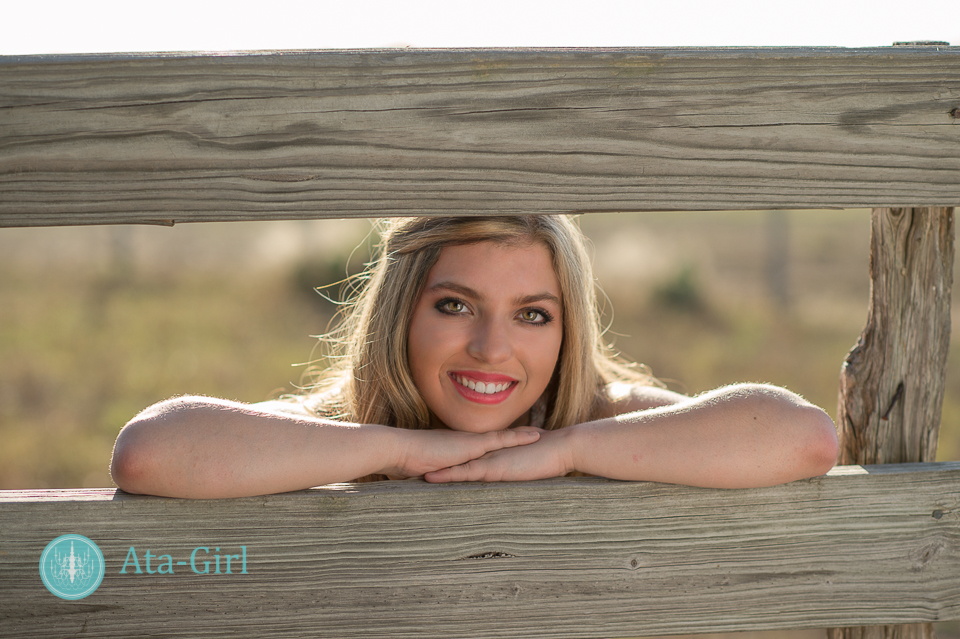 country_cap_and_gown_senior_portrait_session_4S1_7165-Edit