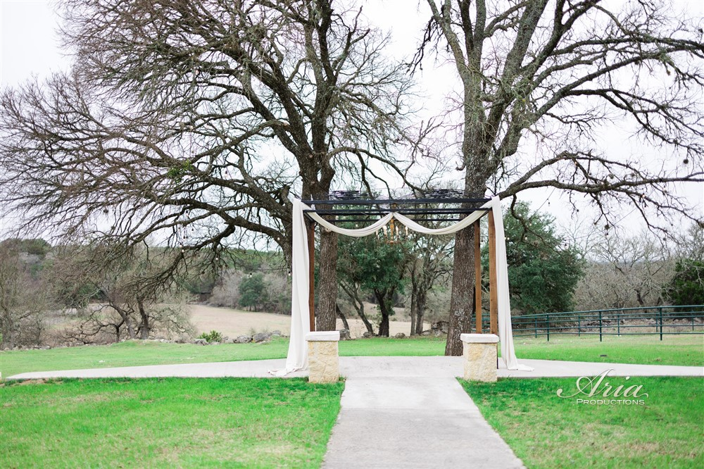 cw-hill-country-ranch-texas-hill-country-wedding-venue-in-boerne-9