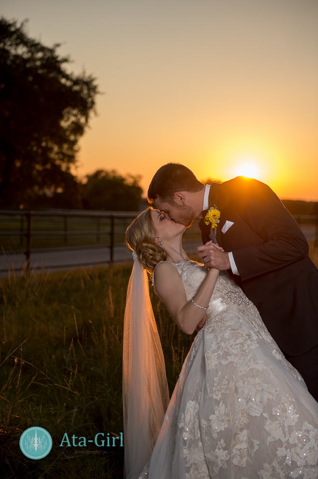 cw-hill-country-ranch-wedding-28