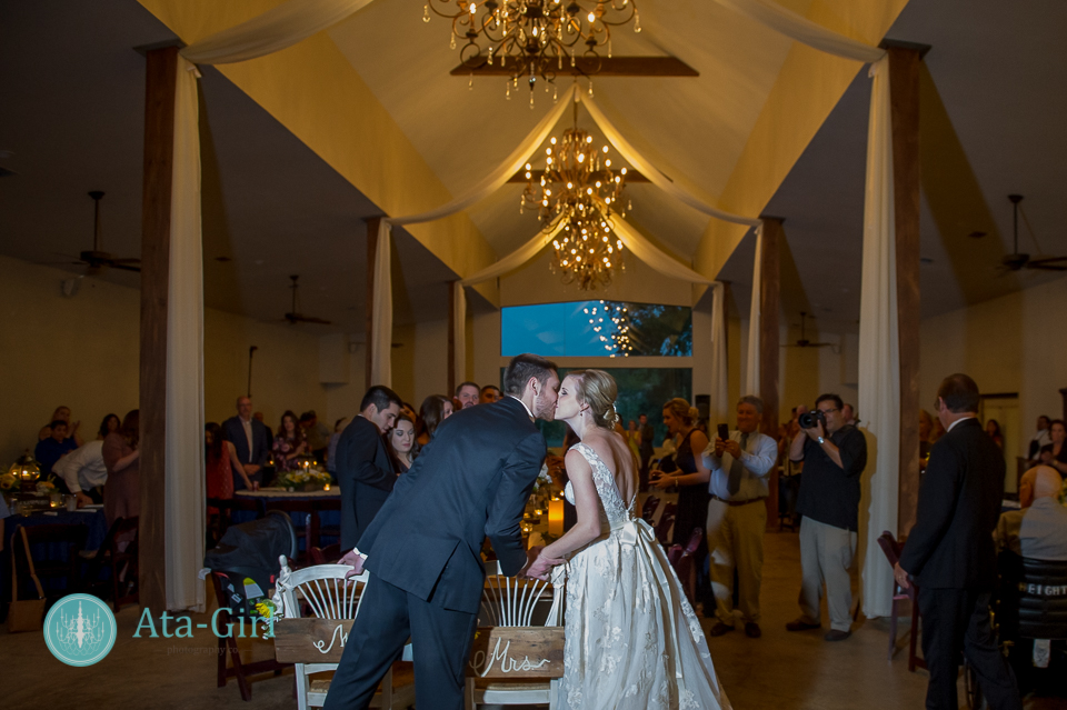 cw-hill-country-ranch-wedding-32