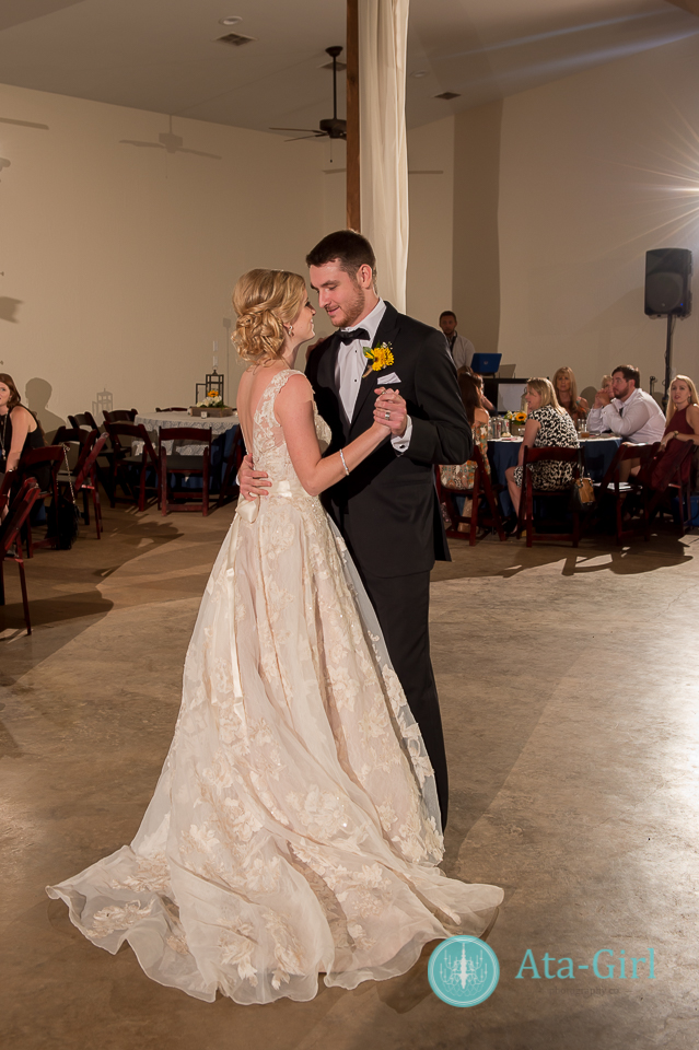 cw-hill-country-ranch-wedding-34