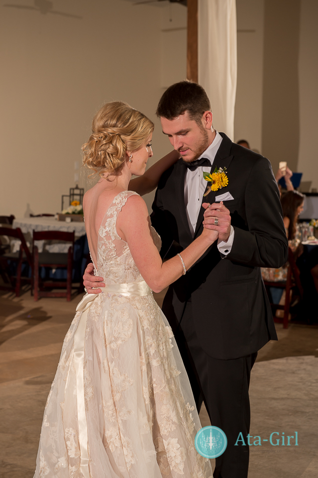 cw-hill-country-ranch-wedding-35