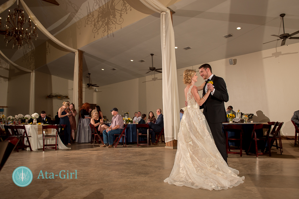 cw-hill-country-ranch-wedding-37