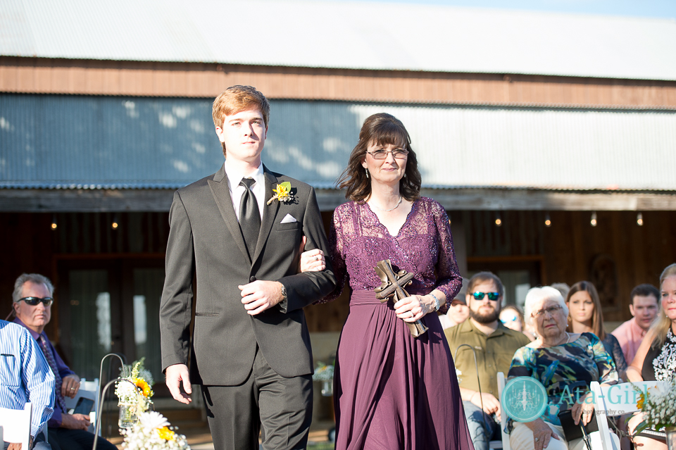 cw-hill-country-ranch-wedding-48