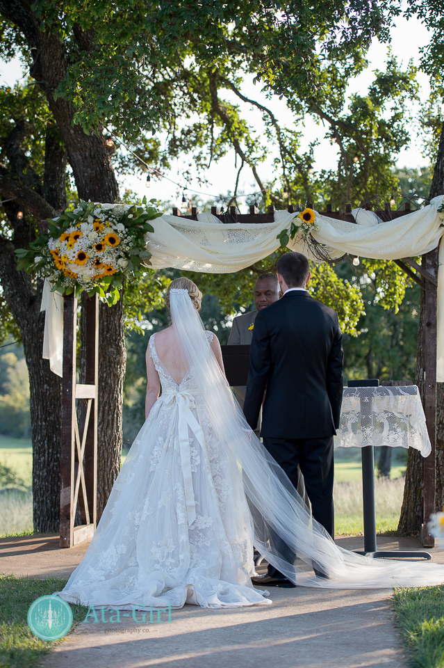cw-hill-country-ranch-wedding-49