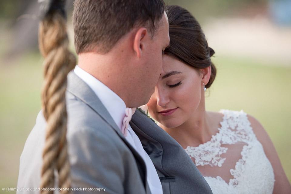 kendall-point-boerne-hill-country-wedding-11