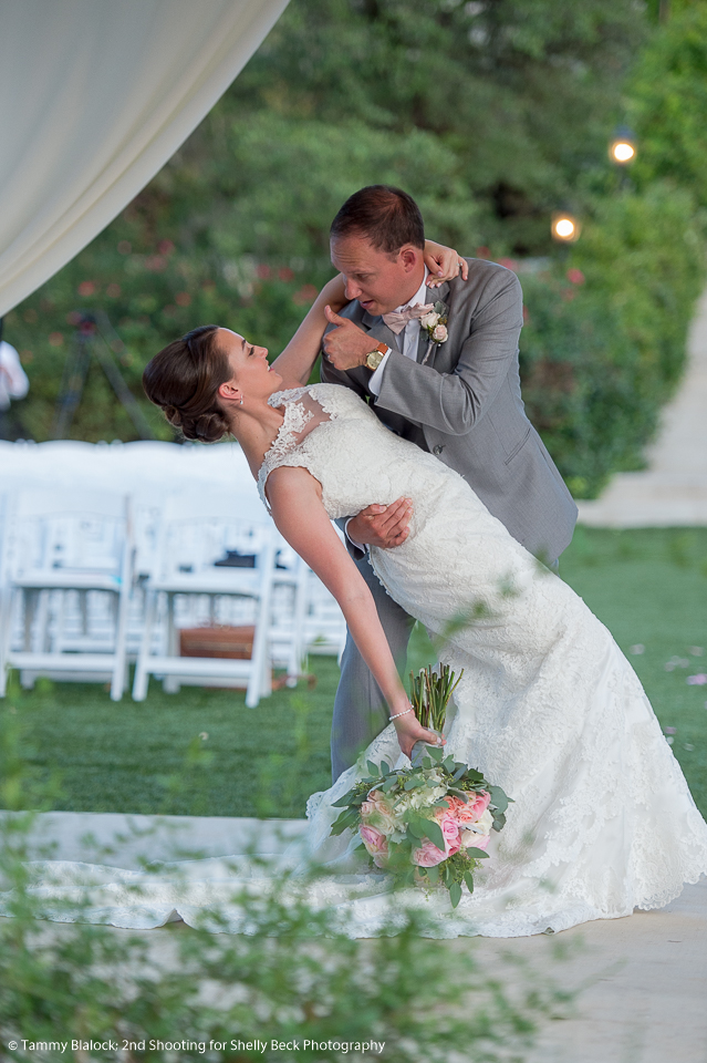 kendall-point-boerne-hill-country-wedding-13