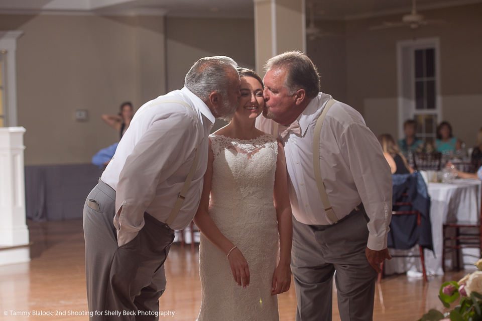 kendall-point-boerne-hill-country-wedding-18