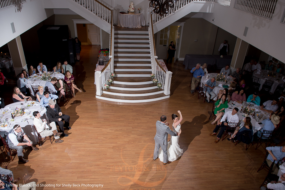 kendall-point-boerne-hill-country-wedding-28
