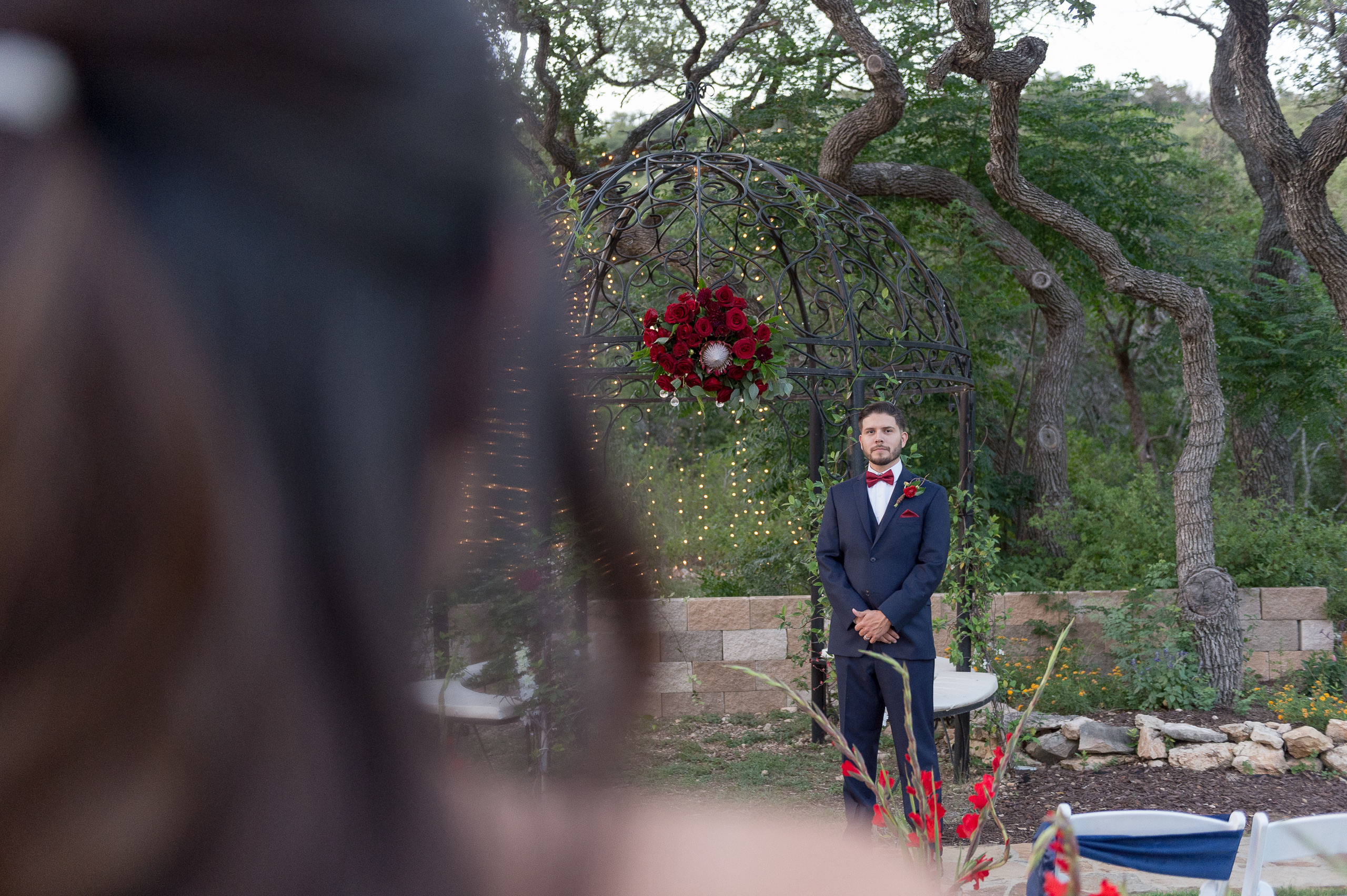 red-white-and-blue-wedding-inspiration-helotes-hill-country-wedding-san-antonio-wedding-photographers-_4S21903