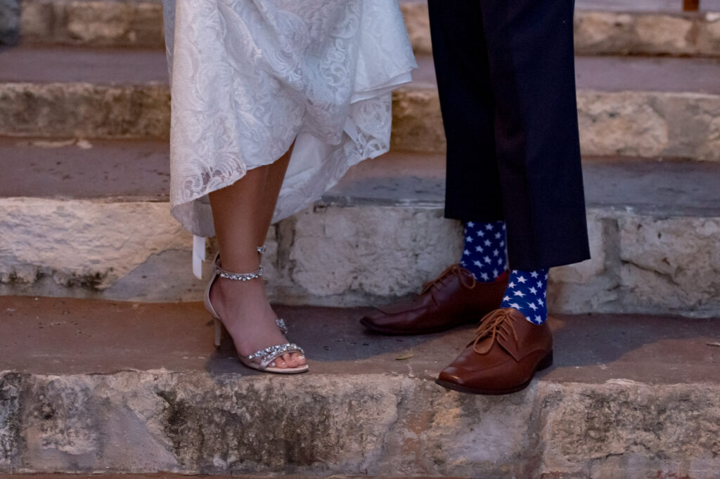 red-white-and-blue-wedding-inspiration-helotes-hill-country-wedding-san-antonio-wedding-photographers-_4S16012