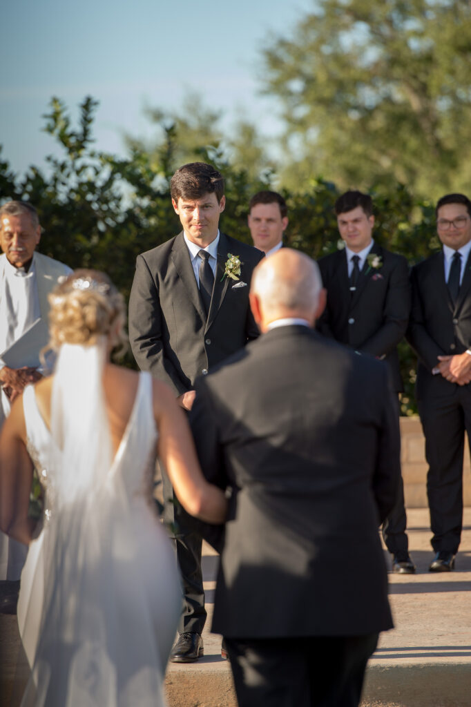 questions-and-answers-from-a-wedding-photographer-pro-_4S17458