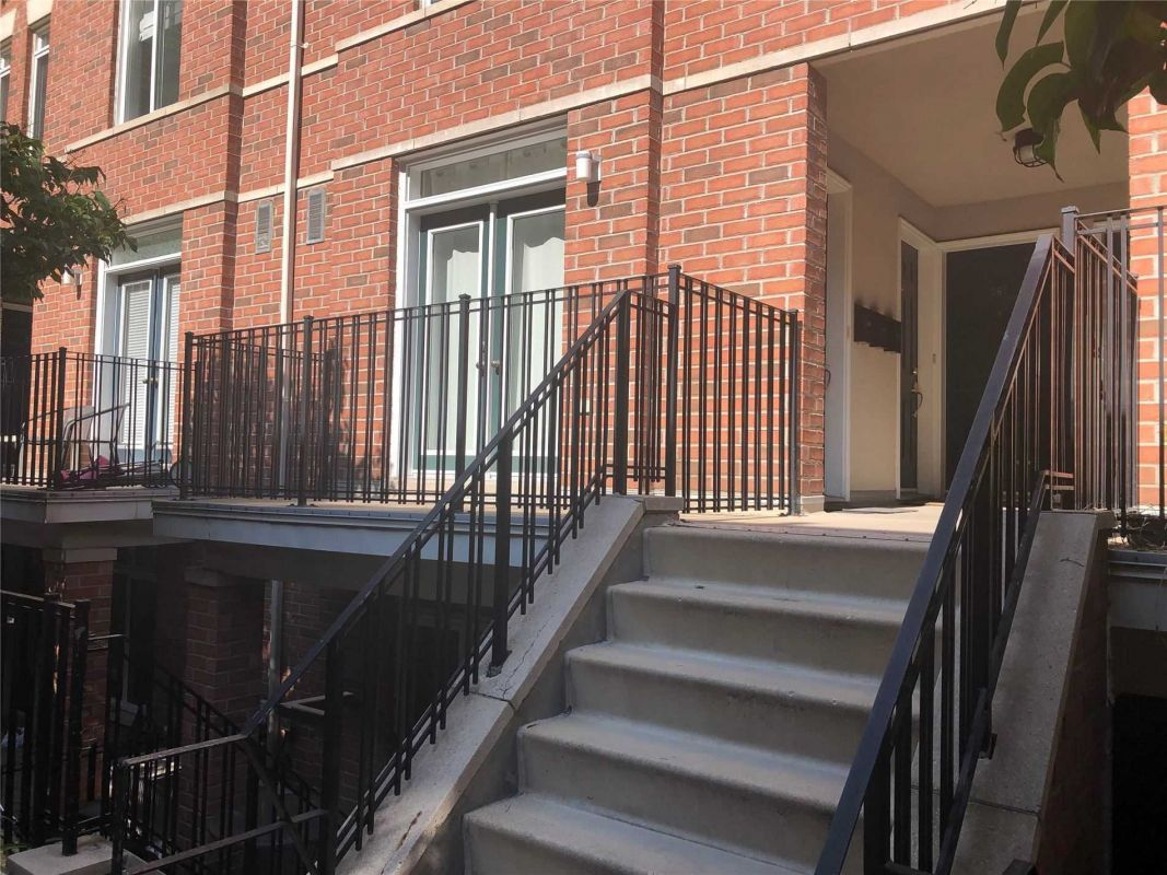 The Central – 415 Jarvis St – 2 Bed/1 Bath $2,400 – Leased