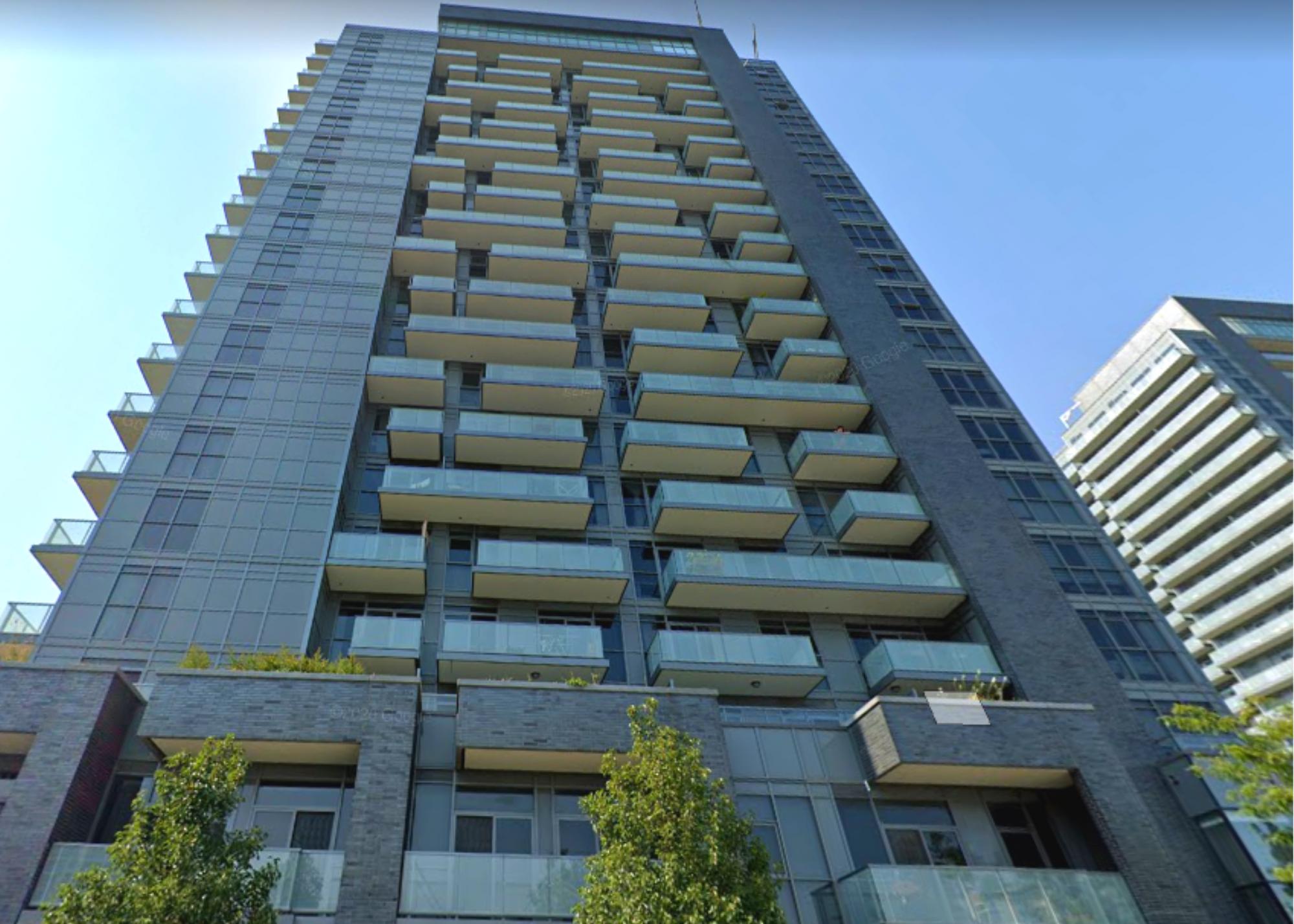 Condominium Building in Richmond Hill