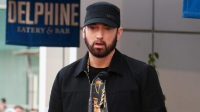 Photo of Eminem Encourages Fans To Speak Out Against Police Brutality