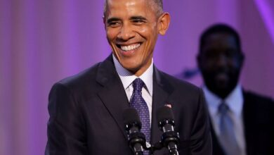Photo of Barack Obama Shares His  2020 Summer Playlist With Songs By Drake, J Cole, Rihanna And More