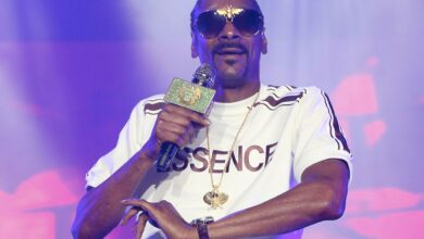 Photo of Snoop Dogg Releases Brand New Song 'Say It Witcha Booty' Feat. ProHoeZak: Listen!