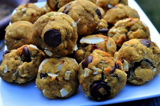 (Avocado Coconut) Cowboy Cookies