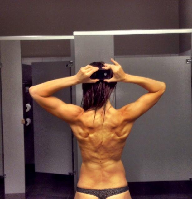 Bikini Competition Body Transformation Updates, Progress, & Takeaways