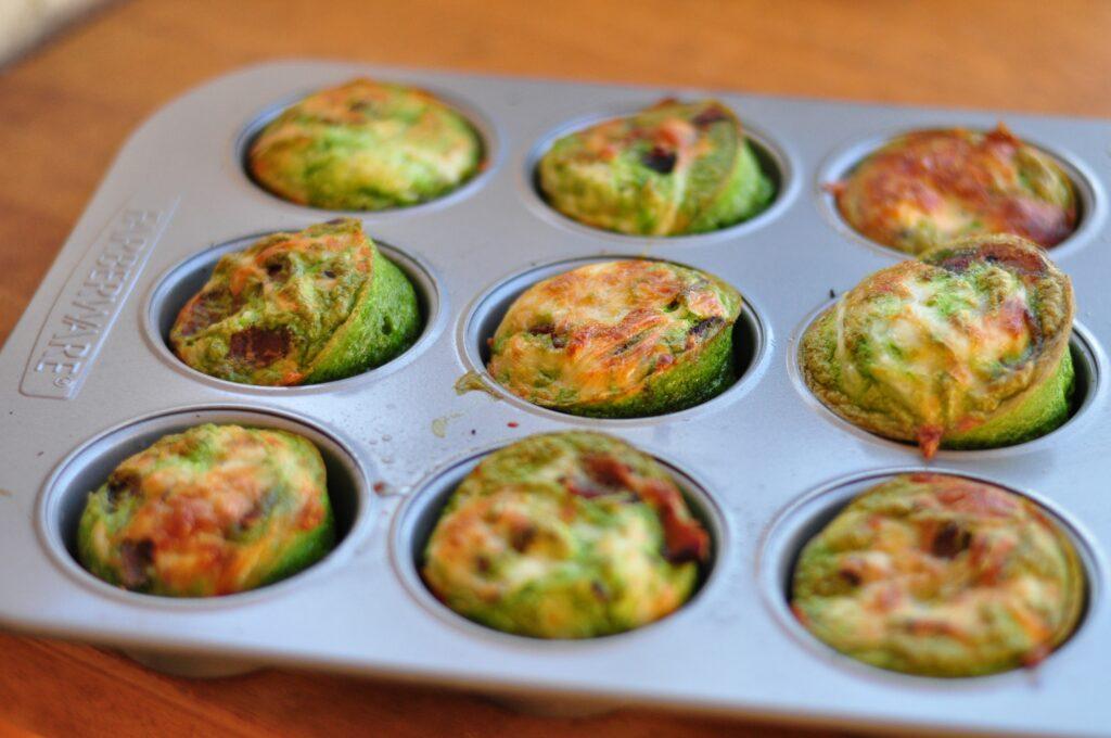 Paleo Green Egg Cups -whatrunslori.com