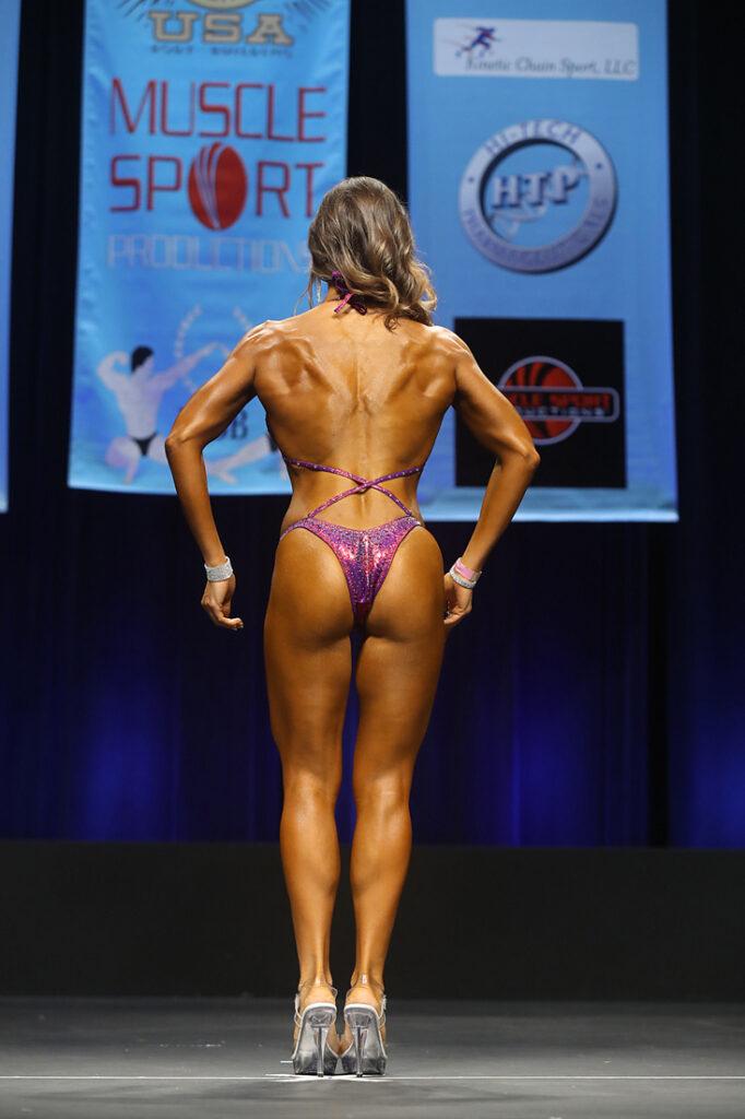 Whatrunslori.com Figure Competition