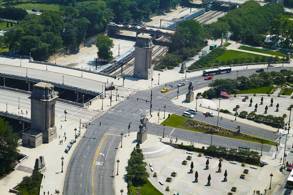 Michigan-Avenue